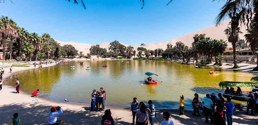 Conoce el Oasis de la Huacachina en sus viajes a paracas por lima tour